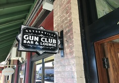 Geyserville Gun Club Bar and Lounge Sign